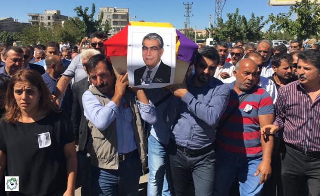 hdp'li Eski Vekilin Cenazesi (!) Ermeni Bez Parçası İçinde