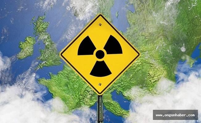 UYARIYORUZ, Radyoaktif Tehlike Geliyor,