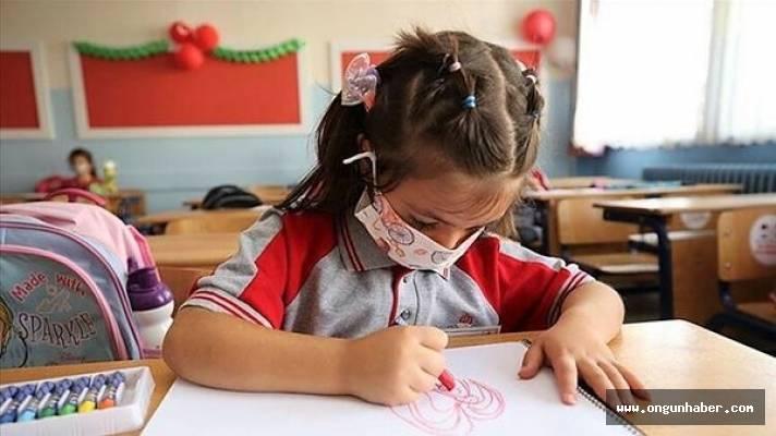 Okullarda Pozitif Vaka Çıkarsa Ne Olacak?