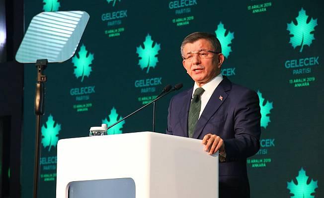 Davutoğlu,Temiz Siyaset Belgesi'ni Açıkladı